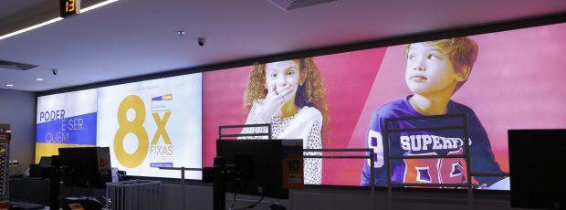 Painéis de LED também são acessíveis aos pequenos varejistas e ajudam a se destacar entre os concorrentes
